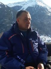 Aleksandr, 48, Russia, Novopodrezkovo