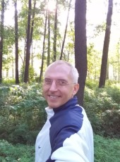 Denis, 50, Russia, Saint Petersburg
