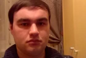 Leonid, 26 - Just Me