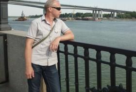 Yuriy, 48 - Just Me