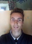 Andrew, 25  , Morlaix