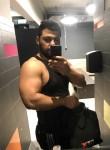 Meshi, 28  , Bottrop