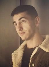 Aleks, 20, Ukraine, Chernivtsi
