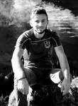 yusuf, 27, Arsin