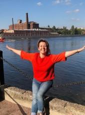 Nadezhda, 42, Russia, Saint Petersburg