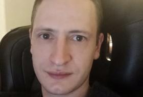 Vladislav, 36 - Just Me