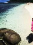 Lera, 36  , Dili