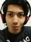 Mauricio, 25  , Vannes