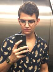 Mario, 22, Brazil, Sao Paulo