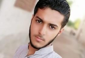 M Hussain, 20 - Just Me