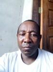 Leocadio, 51  , Montes Claros