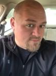 Lee, 41, Green Bay