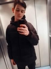 Ilya, 18, Russia, Moscow