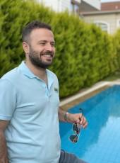 ozgur, 30, Turkey, Maltepe