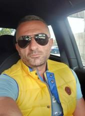 MIMINO, 43, Spain, Girona
