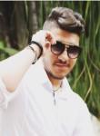 Murad, 32  , Kfar Saba