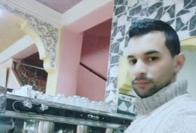 Mehdi El, 28 - Just Me