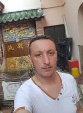 Alex_Florin, 34, Romania, Sector 1