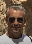 Pierre, 45, Paris