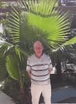 Slava Pavlov , 62  , Sorang