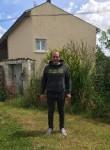 Julien, 37, Saintes