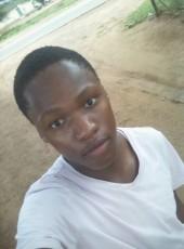 Just  Lesley, 18, Botswana, Gaborone