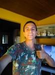 Adrian Quadros, 18, Santana do Livramento