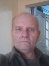 VALENTIN VITAL'E, 61, Russia, Ufa