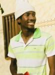 Lepetrolier, 21  , Dakar