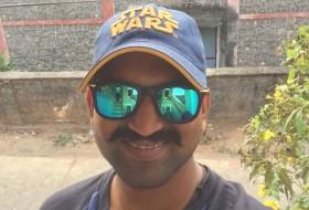Pavan, 26 - Just Me