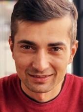 Tuna, 29, Turkey, Gaziantep