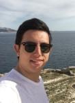 Falco, 20  , Mauguio