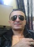 Vittorio, 48  , Sant Elpidio a Mare