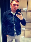 Vitaliy, 21  , New York City