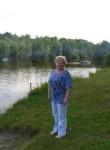 Larisa, 59  , Versailles