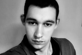 Igor, 21 - Just Me