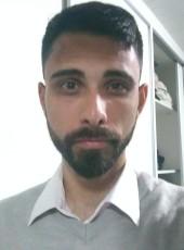 Thiago, 27, Brazil, Curitiba