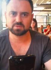 Hakan, 37, Turkey, Ankara