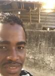 Lililyas , 25  , Kismayo