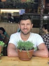 Bulat, 41, Russia, Ufa
