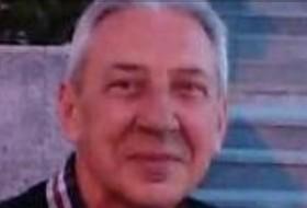Vlad, 55 - Just Me