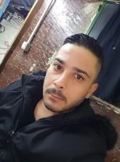 Hasan, 18, Lebanon, Beirut