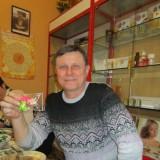 Viktor, 58  , Mariupol