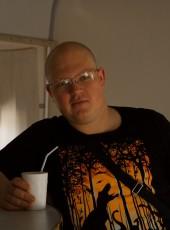 Aleksandr, 32, Russia, Asekeyevo