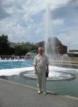 Viktor, 69  , Kharkiv