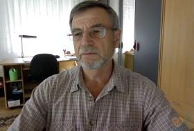 Alex, 71 - Just Me