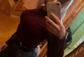 Mariya, 18 - Just Me