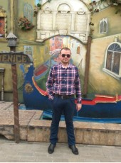 Andrey, 37, Russia, Pavlovskiy Posad