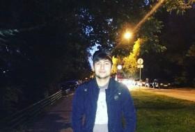 Eldar, 23 - Just Me