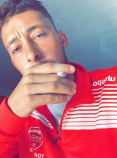 Thomas, 24, France, Pontarlier